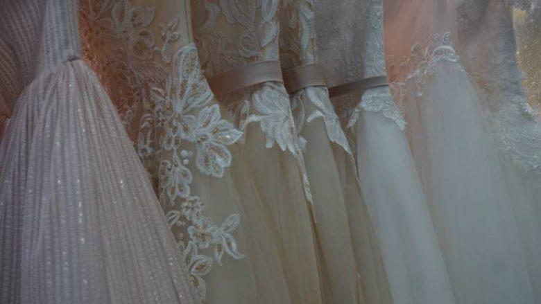 Le regole per scegliere l abito da sposa