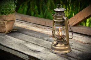 Come-illuminare-il-giardino