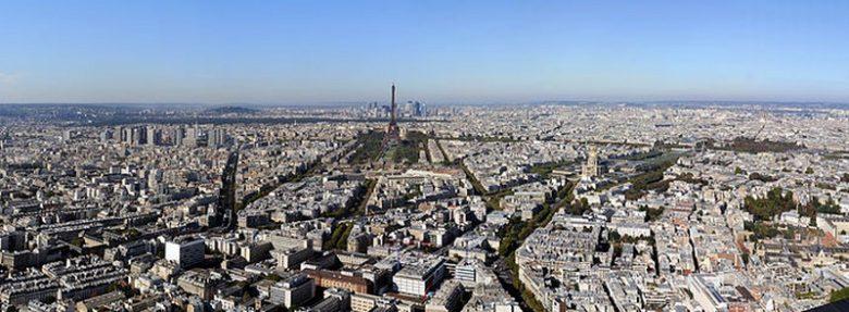 700px-Paris-pano-wladyslaw_800x294