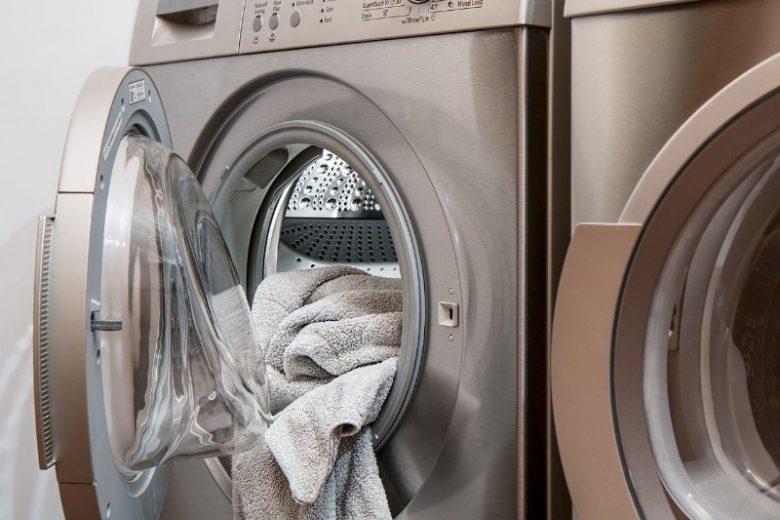 lavatrice-con-dentro-asciugamani_800x533